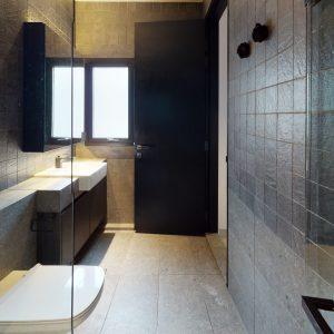 BASE-Gemmill-03-01-Bathroom